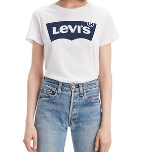 NWT Levi's the Perfect T-Shirt